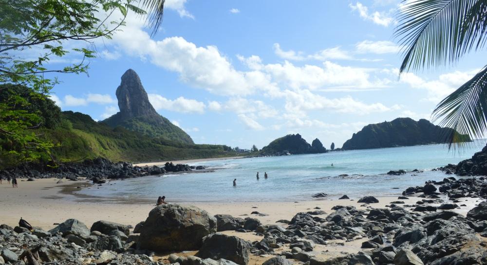 Praia do Cachorro.jpg
